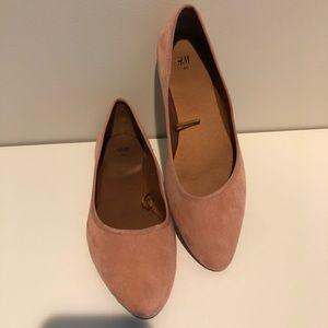 H&M Pale Pink Faux Suede Ballet Flats 9.5